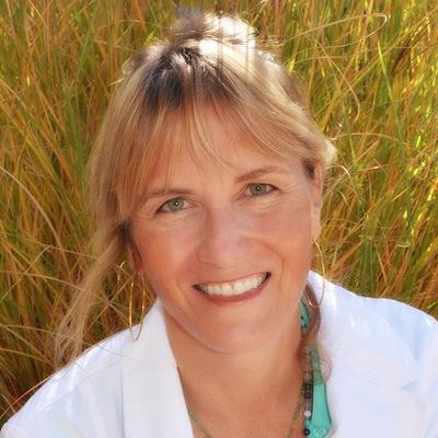 Robyn Benson, DOM
