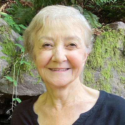 Bette Lamont, CMA, CC
