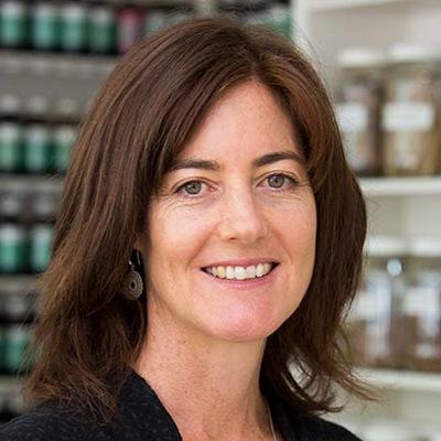 Karen McElroy, BHSc Nat, BA